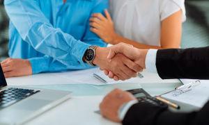 Дарение денежных средств близким родственникам — как составить договор?