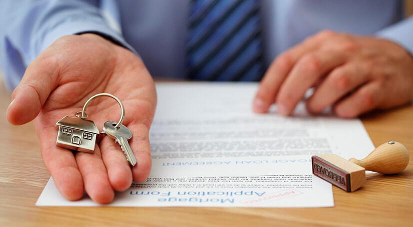 Продать квартиру или подарить - что выгоднее?